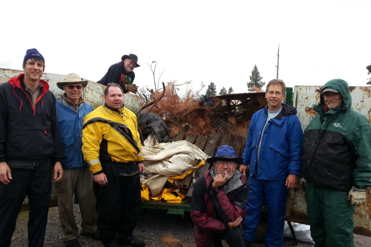 Johnson Controls Team Braves Elements in Upriver Scrub