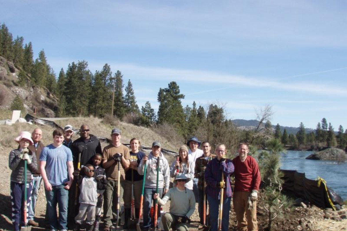Volunteers plant at Islands Trailhead